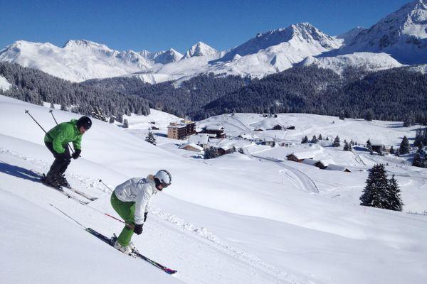 Une quarantaine imposée par la France à ses ressortissants s'ils vont skier à l'étranger, en Suisse par exemple.