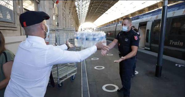 Le premier train de secours arrivé en Gare de Nice, a permis l'acheminement 3000 bouteilles d'eau pour le SDIS 06 et la ville de Breil-sur-Roya