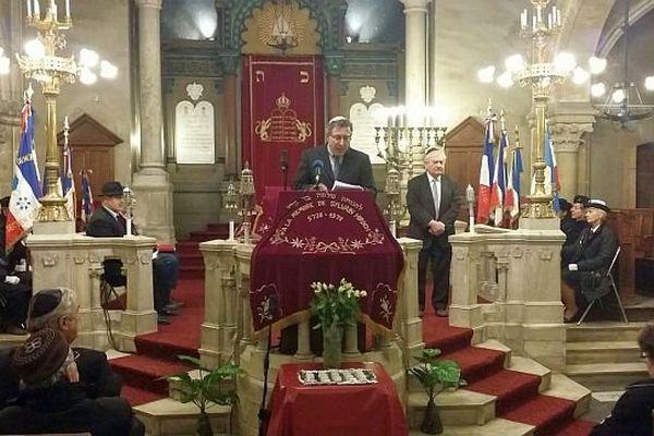 Cérémonie d'hommage des 17 victimes des attentats à la synagogue de Dijon.