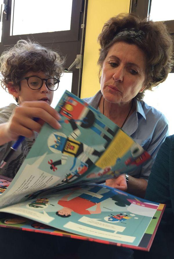 Brigitte, bibliothécaire à Port du canal