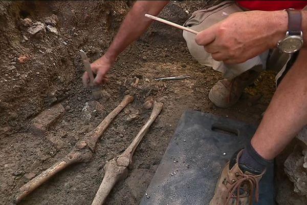 Des fouilles archéologiques sont menées en plein centre-ville de Grenoble.