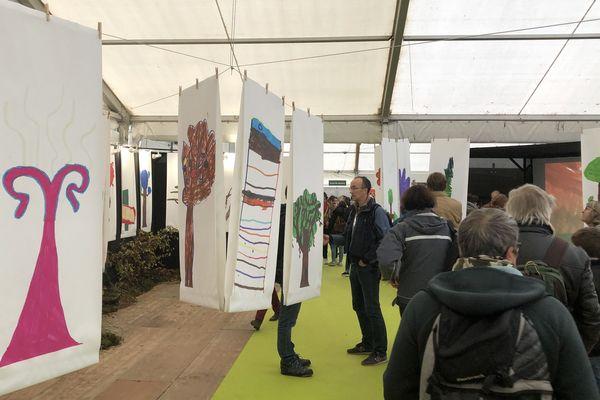 Dans l'espace jeunesse du festival, plusieurs activités sont proposées autour du thème de cette édition : la forêt. Montier-en-Der, 15 novembre 2019.