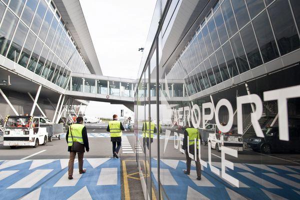 L'aéroport de Lille-Lesquen  se déconfine petit à petit avec la reprise du trafic chez Ryanair.
