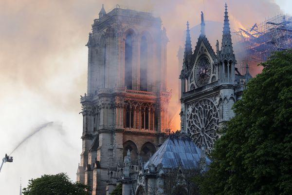 La cathédrale Notre-Dame de Paris a été endommagée par un incendie le 15 avril.