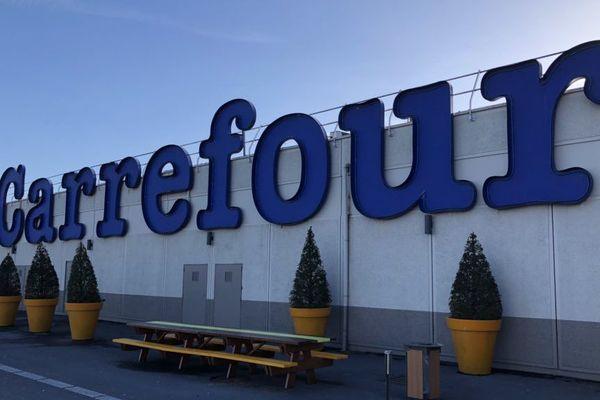 Le Carrefour de la Croisette à Charleville-Mézières, le 16 mars 2018