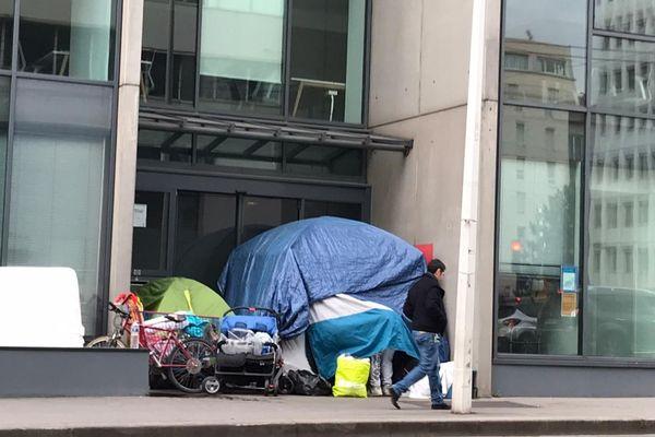 Lyon. Tente d'un SDF avenue Felix Faure