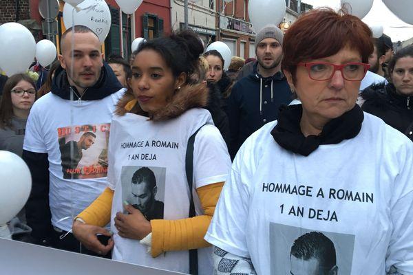 Une soixantaine de personnes étaient présentes à la marche blanche.