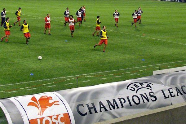 Le LOSC à Bollaert en 2001. Et le RC Lens au stade Pierre Mauroy bientôt ? Pas sûr...