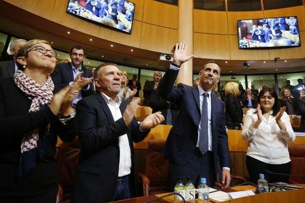 Gilles Simeoni après avoir été élu président de l'exécutif de Corse.