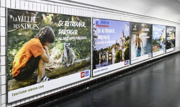 Campagne de promotion de la Vienne dans les couloirs des 14 stations du métro parisien. Ici, du 15 au 23 avril 2019.