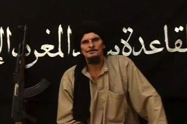 Gilles le Guen dans une vidéo de propagande d'AQMI menaçant la France de représailles en cas d'intervention au Mali.