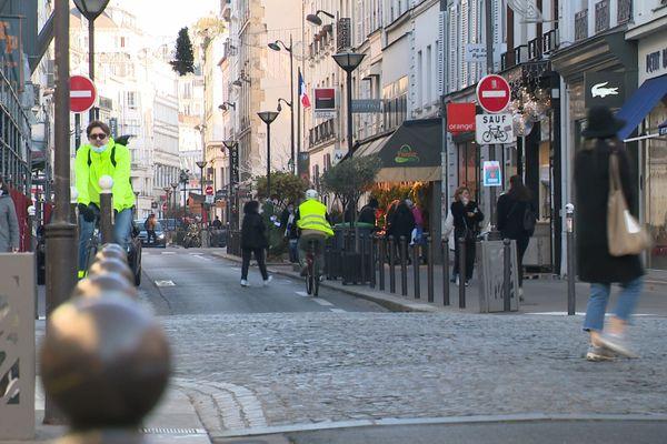 """Les commerces dits """"non-essentiels"""" ont pu rouvrir leurs portes ce samedi 28 novembre."""