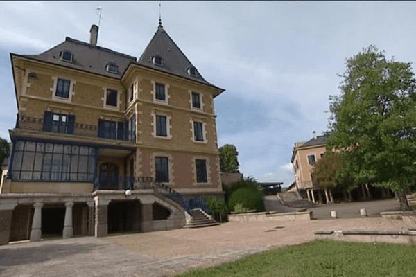 Le centre d'accueil et d'orientation pour mineurs isolés de Saint-denis-de-Cabanne (Loire).
