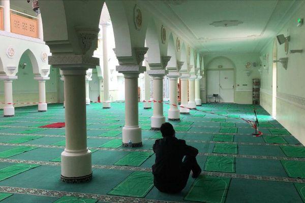 A Clermont-Ferrand, les fidèles peuvent se recueillir à la grande mosquée.