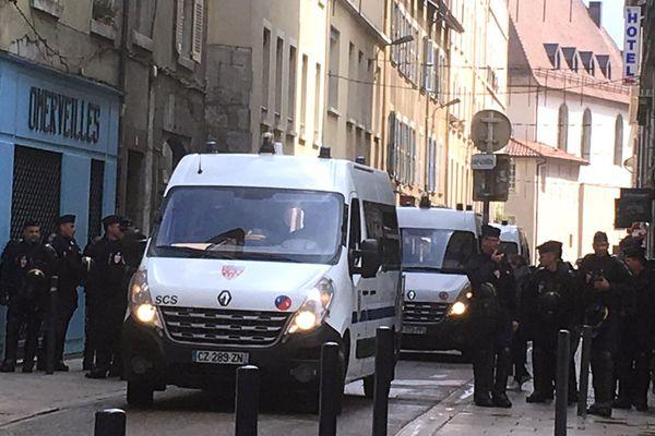 La rue Bayard à Grenoble