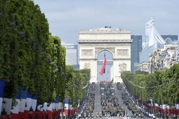 Les douaniers vont participer pour la première fois depuis 1919 au défilé du 14 juillet sur les Champs-Elysées.