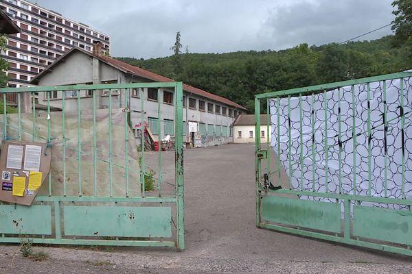 """Le squat """"Chez Roger"""" à Gap (Hautes-Alpes), a été évacué ce jeudi 14 octobre 2021 par les forces de l'ordre."""