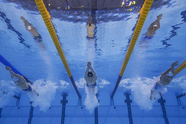 Léon Marchand a pris le meilleur départ de sa finale en 400 mètres 4 nages.