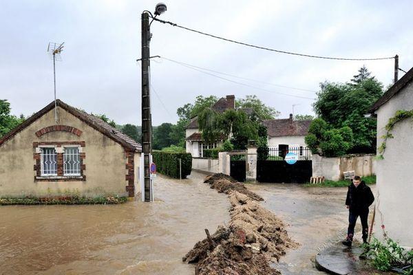 La commune de Chemilly-sur-Yonne submergée par les eaux lors des inondations de mai 2016