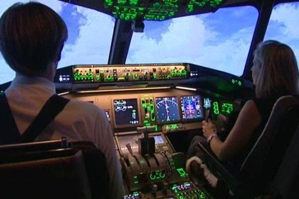Les stagiaires prennent les commandes d'un Boeing 777