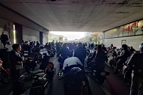 Certaines portions du périphérique ont été bloquées avec l'afflux de motards.