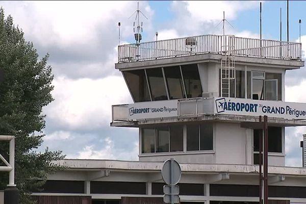 L'aéroport de Bassillac pourrait continuer de fonctionner malgré l'arrêt de la ligne Périgueux-Paris