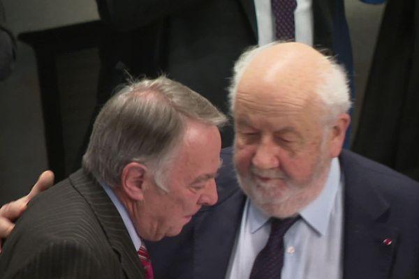 Pierre Boileau (à G), vice-président de la métropole, a tressé un long panégyrique à André Rossinot pour sa dernière présidence.