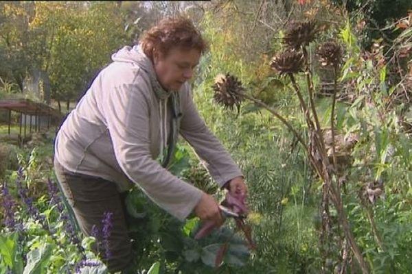 Dans le jardin de Josiane, chaque plante a un rôle à jouer