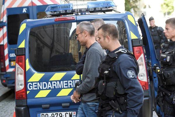 Vincenzo Vecchi à son arrivée au palais de justice de Rennes le 14 août 2019, six jours après son arrestation