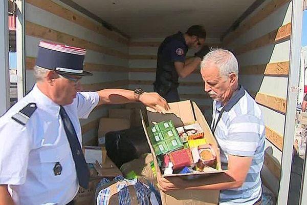 Sète (Hérault) - contrôles des douanes et de la police aux frontières dans le port - 7 août 2017.