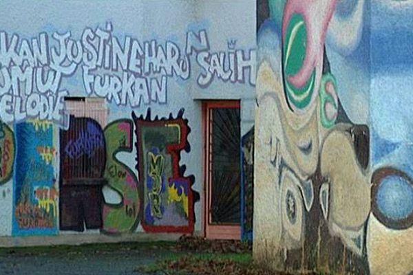 Une fresque dans le quartier de Perseigne, à Alençon (Orne)