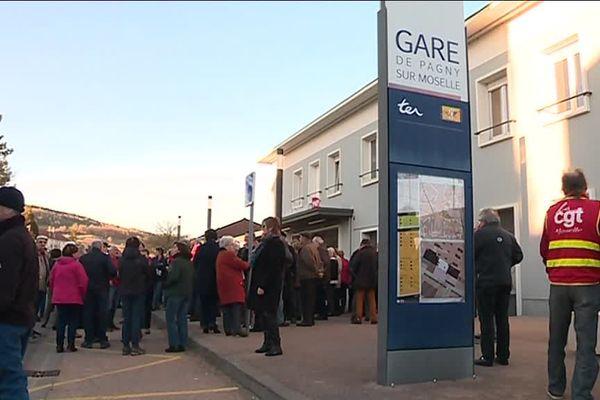 Mobilisation pour sauver le guichet SNCF de la gare de Pagny-sur-Moselle en février 2019
