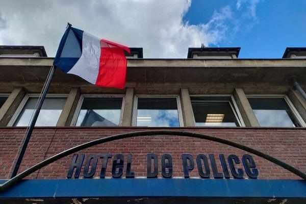 Le suicide chez lui d'un policier d'Amiens a provoqué un choc chez ses collègues du commissariat