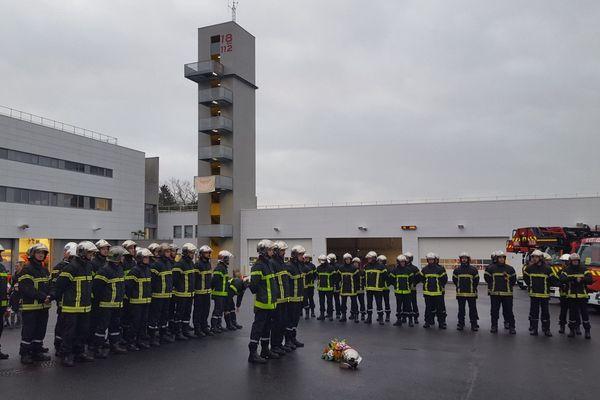 Les pompiers de Rennes lors de la cérémonie pour la Sainte-Barbe, dans la caserne du Blosne