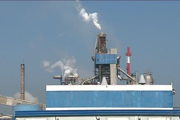Trois associations de riverains s'inquiètent de la qualité de l'air dans le secteur de Saint-Nazaire à proximité des usines et du port.