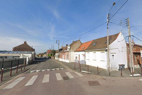 Une femme de 22 ans a été grièvement blessée par balles dans une habitation située rue du Château d'Or à Wattrelos.