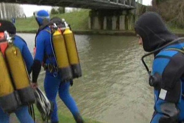 Les plongeurs de la brigade fluviale