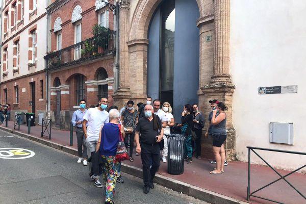 Les parties civiles à la sortie de la cour d'assises de Toulouse, vendredi 11 septembre 2020.