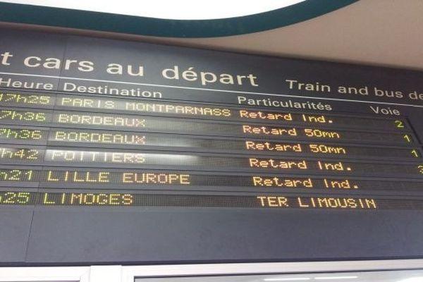 Le trafic SNCF n'a repris qu'à partir de 20h00 lundi soir