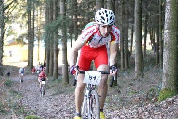 Le cycliste François Jury a été victime d'un terrible accident dimanche au championnat départemental de cyclo cross Ufolep