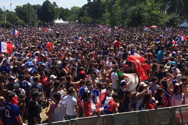 La fan zone à Toulouse envahie de supporters !