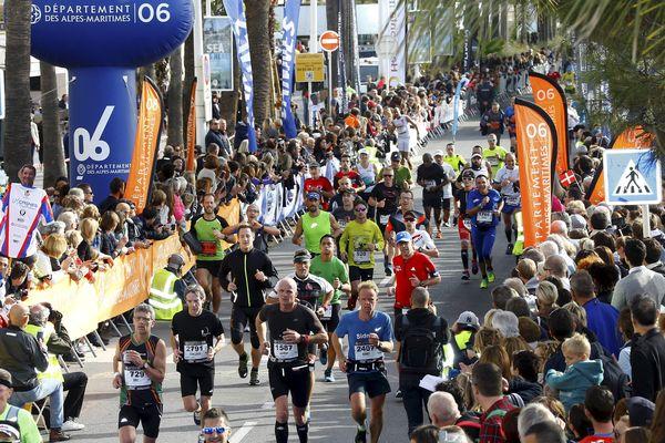 Arrivée du marathon Nice-Cannes, en novembre 2016