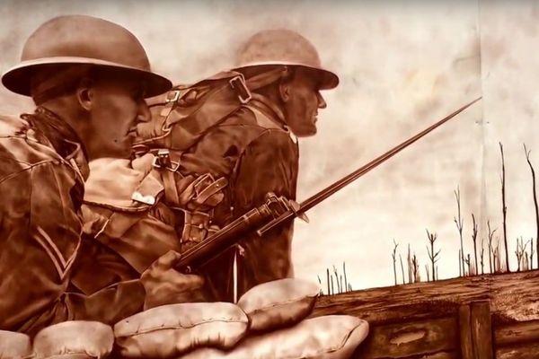 La fresque est un hommage aux soldats canadiens.