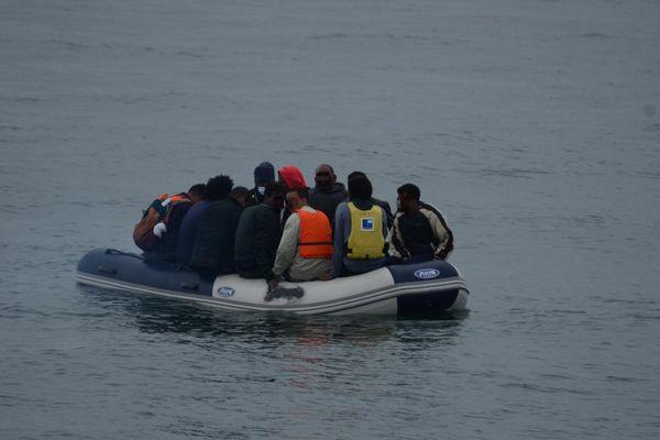 Image d'illustration de migrants secourus au large de Calais.