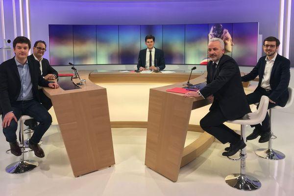 Six candidats se présentent aux élections municipales 2020 à Louviers, quatre débattent sur notre plateau.
