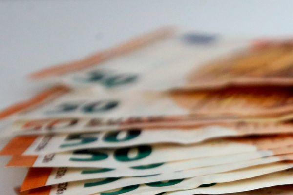 """Les """"collecteurs"""" récupèrent l'argent du trafic de stupéfiants et l'exfiltrent à l'étranger pour le blanchir."""