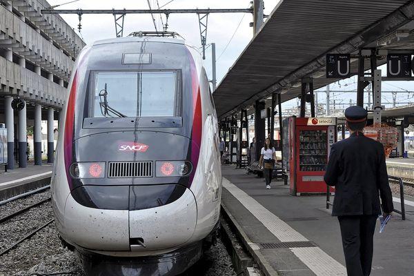 Plusieurs TGV au départ et à l'arrivée de Toulouse ont été annulés ou retardés, mercredi dans la soirée.