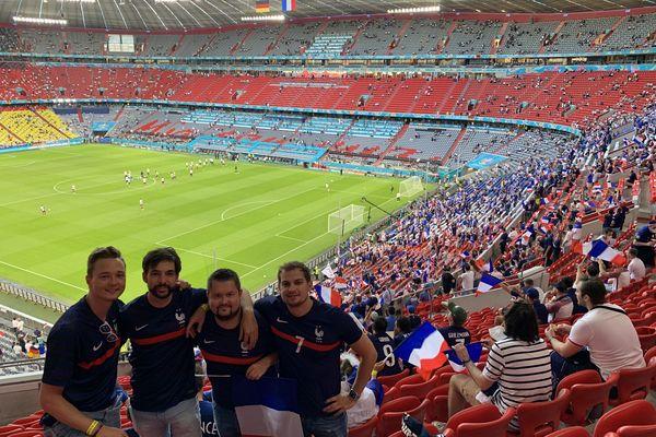 un tirage au sort des plus chanceux, et voilà quatre amis venus d'Alsace, au coeur de l'Allianz Arena de Munich pour le match d'ouverture des bleus contre l'Allemagne