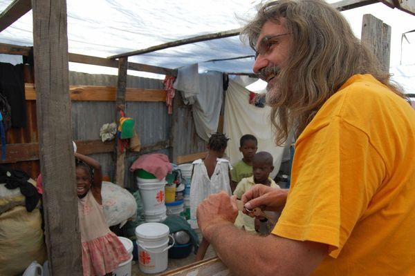 Le missionnaire breton a été kidnappé le 11 avril, à Haïti, avec neuf autres personnes
