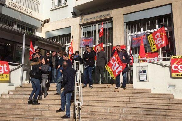 Les agents des finances publiques en grève contre la casse de leurs missions